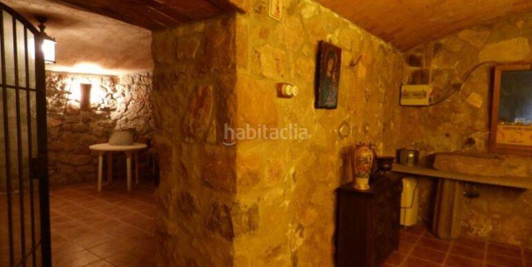 espectacular-torre-al-mig-de-la-naturalesa-amb-vistes-als-cingles-de-berti-bigues_i_riells_21235-img143-25342G